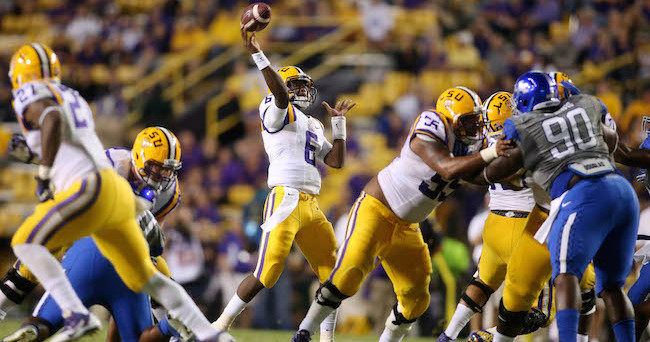 Oct 18, 2014; Baton Rouge, LA, USA; LSU Tigers quarterback Brandon Harris (6) passes the ball against the Kentucky Wildcats in the fourth quarter at Tiger Stadium. LSU defeated Kentucky 41-3. Mandatory Credit: Crystal LoGiudice-USA TODAY Sports